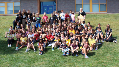 Steelers' JuJu Smith-Schuster makes surprise visit to Ross Elementary