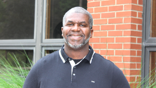 NHSD names LaMont Lyons new principal of North Hills Middle School