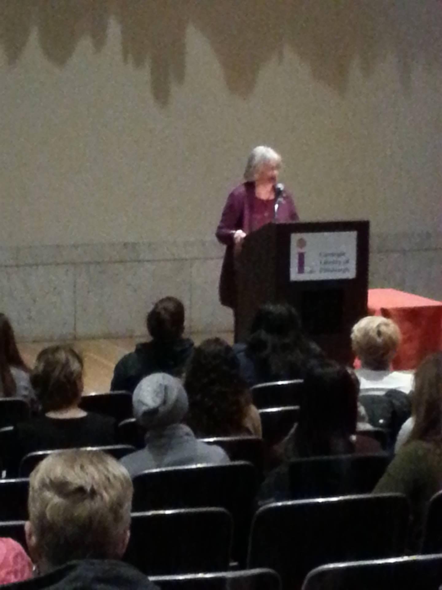Katherine Paterson speaks at a podium.
