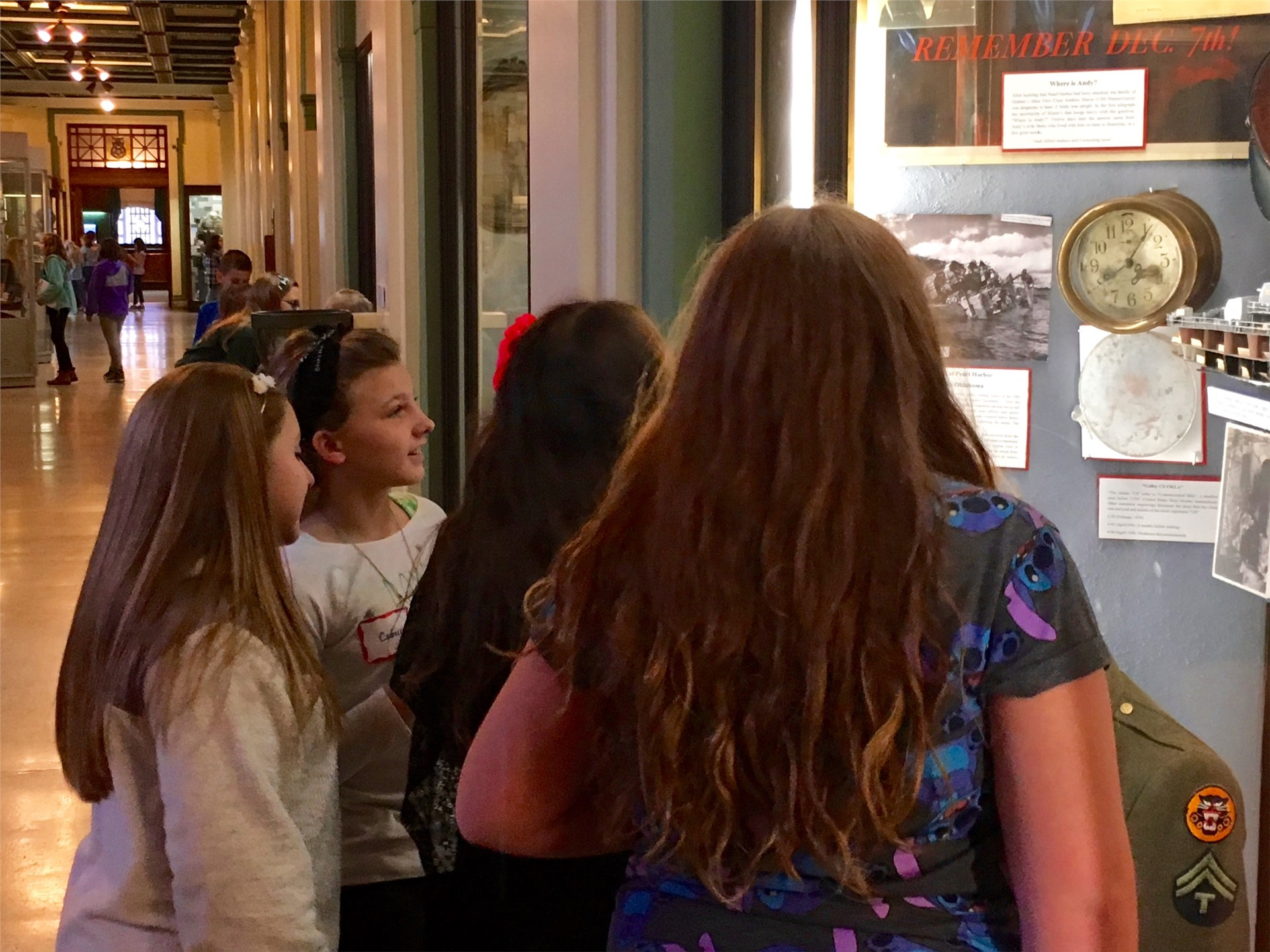 Fifth graders learn about WWII at Soldiers & Sailors Hall.