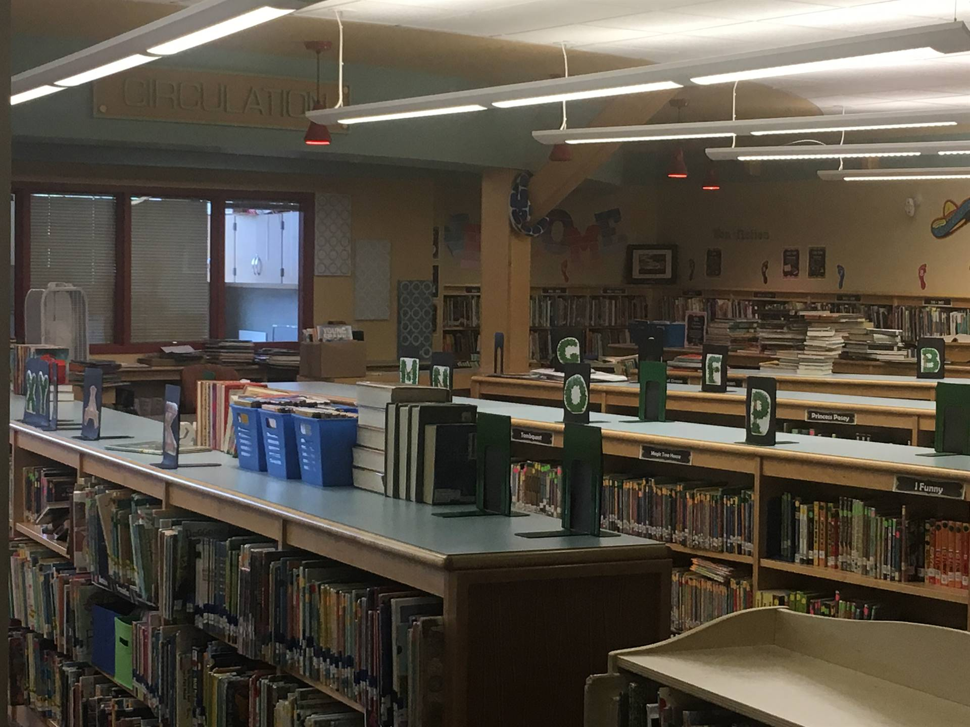 Highcliff Elementary Library
